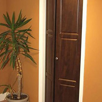 Chocolate bi-fold closet door