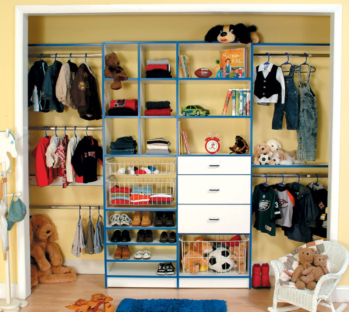 Interesting childrens closet furniture roselawnlutheran for Childrens closet